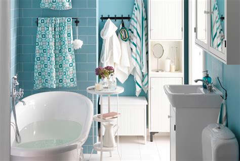 fun bathroom ideas per space or fun kids bathroom have both