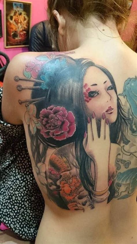 japanese tattoo new style new style coloured geisha tattoo on back tattooimages biz