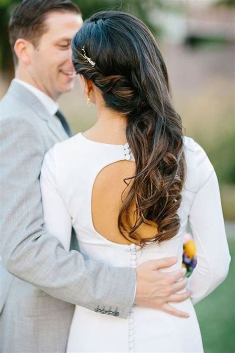 wedding hairstyles down and to the side 40 gorgeous side swept wedding hairstyles happywedd com