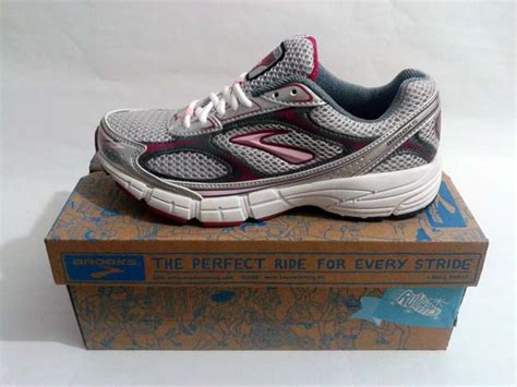 Sepatu Running Original Reebok Soquick V72067 sepatu sepatu running original nike adidas new design bild
