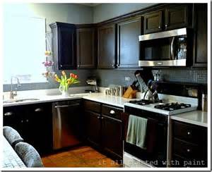 paint grade kitchen cabinets painting builder grade oak cabinets what i did benjamin