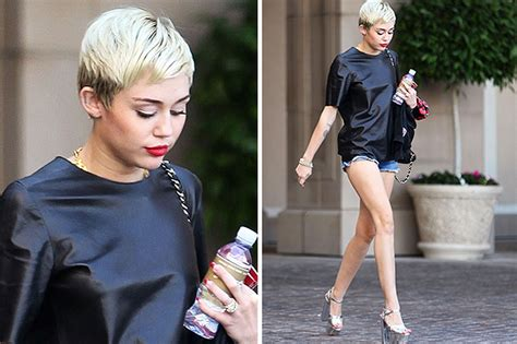 Miley Top miley cyrus i d actually wear fashion is all that