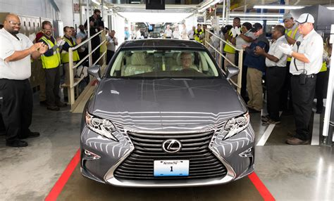 first lexus made first us made lexus es 350 rolls off the production line