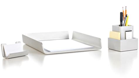Modern Desk Sets Giveaway Deskology Modern Desk Accessories Cool Material
