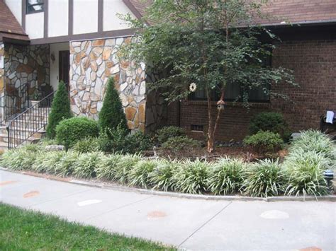 Landscapers Greenville Sc Low Maintenance Front Yard Landscaping Landscaping