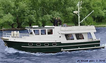 motorboot donau mieten boot mieten rhein main mainz wiesbaden boote bootsfahrt