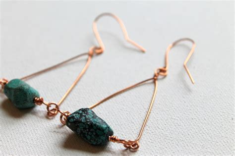 how to make ear wrap jewelry 25 stylish tutorials for wire wrapped earrings guide