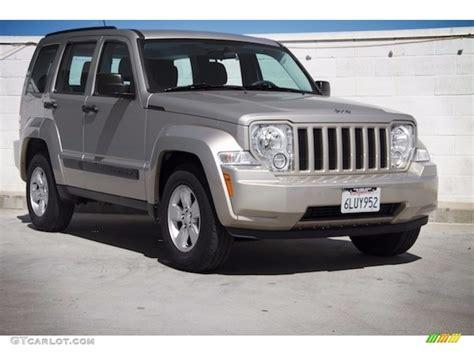 2010 tan jeep liberty 2010 light sandstone pearl jeep liberty sport 115973620
