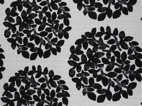 white pattern cloth fabric texture leafy ball pattern black white cloth