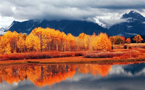 autumn landscapes 2 wallpapers colorful fall landscapes canada pictures wallpaper 2048x1536 53106