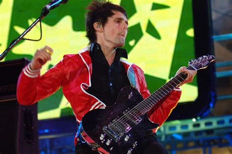 Tameng Depan Smash New 2006 Win 2006 muse up their with the smash hit single supermassive black marking another
