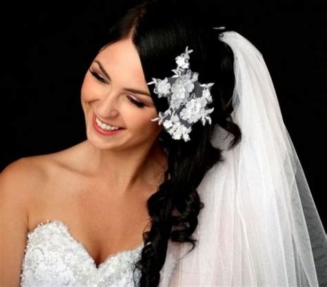 Pictures Of Wedding Hairstyles For Hair With Veil by Wedding Hairstyles With Veil