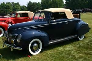 1939 ford deluxe convertible coupe