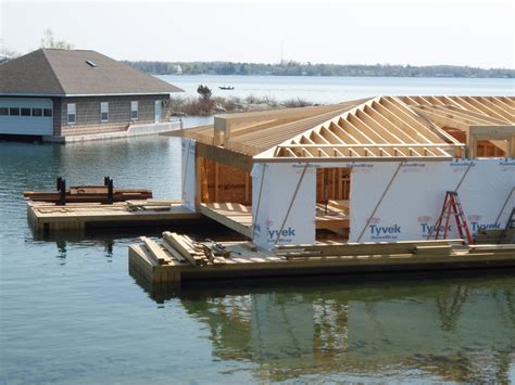 building a house boat boathouses