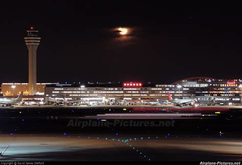 lalalaland a night in haneda airport airport overview airport overview control tower at