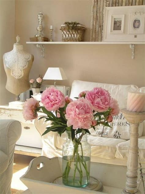 shabby chic living room decor beautiful flowers and shabby chic ideas for white living