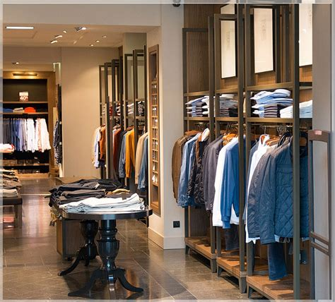 harga desain interior cafe sederhana tips desain interior toko baju pakaian minimalis modern