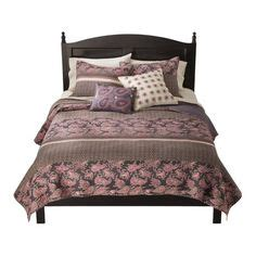 mudhut bedding bedroom ideas by charrubel on pinterest chenille bedspread bedrooms and patchwork