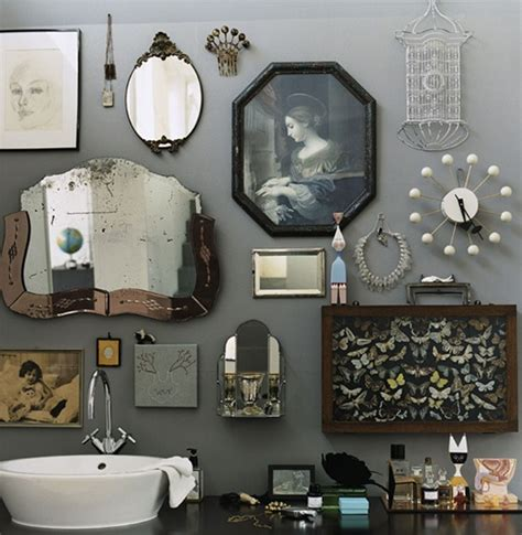 Retro bathroom idea with grey wall paint plus completed with unique wall ornament accessories of