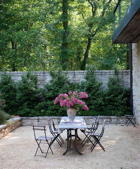 High Stone Wall Garden With Rectangular French Marble Walled Garden Bistro