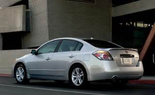 Nissan Altima 2010 Car And Driver