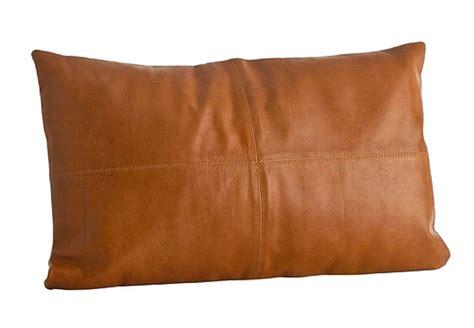 cuscini in pelle cuscini in pelle per divani calia maddalena