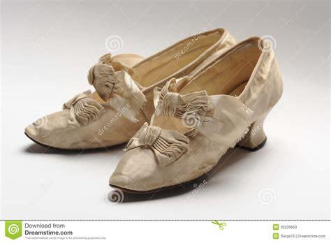 imagenes vintage zapatos zapatos de la mujer del vintage fotos de archivo imagen