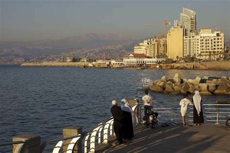 file beirut cartier jpg wikimedia commons file 2012 corniche beirut 7156788773 jpg wikimedia commons