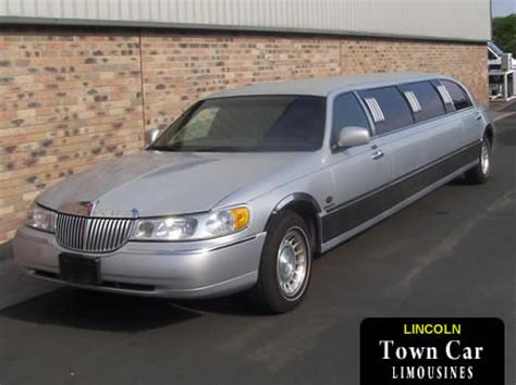 town car rental stretched limousine hire in cardiff bristol pontypridd and newport eight seater lincoln town