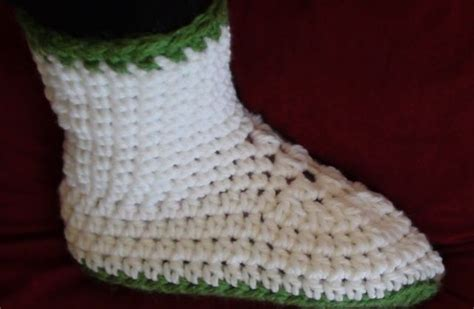 free crochet slipper patterns for adults 339 best crochet boots slippers images on
