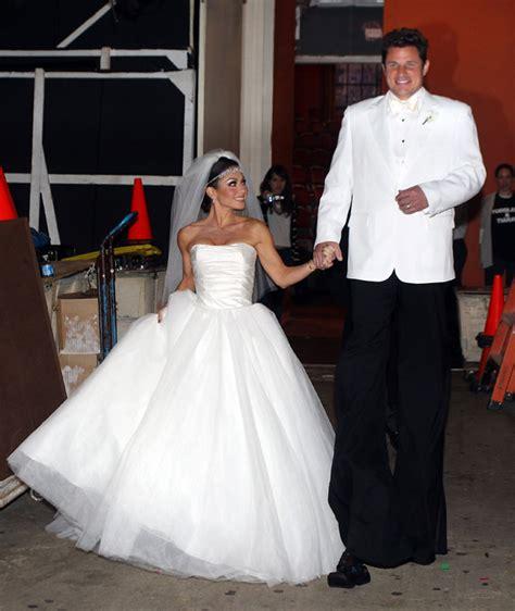 Kelly Ripa Divorce 2011 | nick and kelly s halloween tribute to kim kardashian s