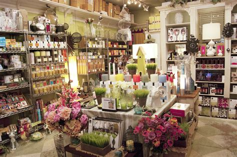 Home Decor Outlet Stores by Home Decor The Best Stores For Home Decorating Ideas