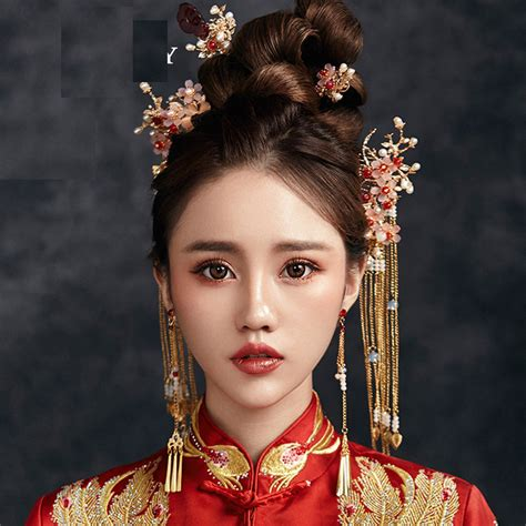 traditional chinese bride floral headdress costume