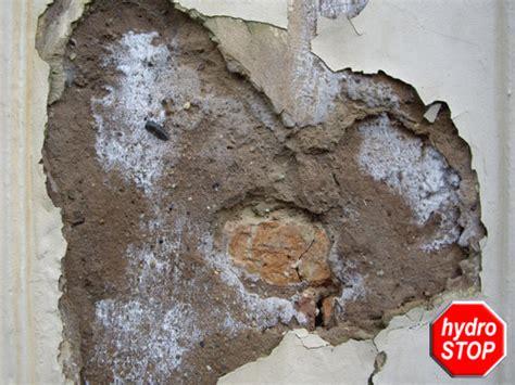 Wieviel Feuchtigkeit Darf In Einer Wand Sein by Hydro Stop Feuchte Fassade Aufsteigende Feuchtigkeit An