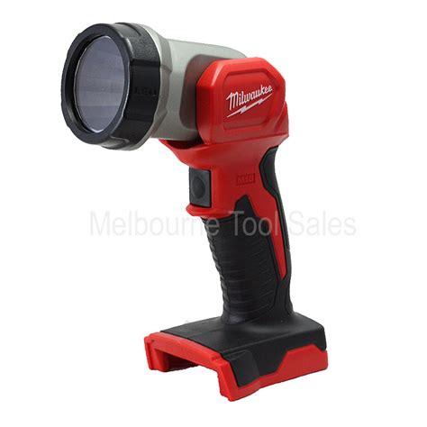 milwaukee 18v work light milwaukee m18tled m18 led work light torch 18v milwaukee