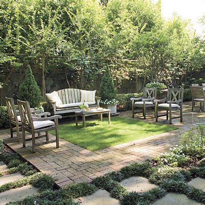 backyard courtyard ideas 17 best ideas about backyard retreat on pinterest wooded landscaping outdoor