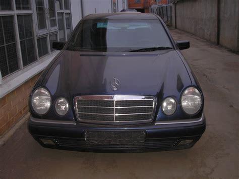 Mercedes Approved Garage by Dimension Garage Mercedes E240
