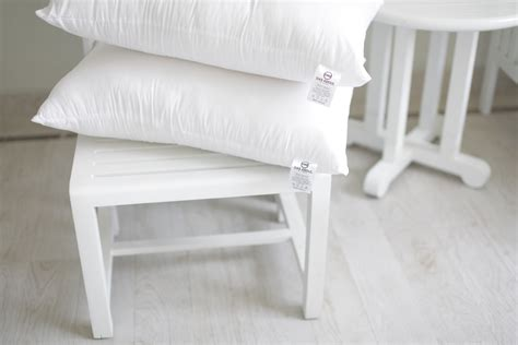 Grosir Bantal Tidur Dakron Dengan Sarungnya tips cuci bantal tidur dan sarungnya