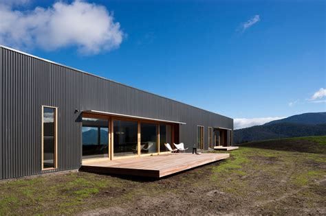 modern farmhouse finnon glen  doherty lynch  australia
