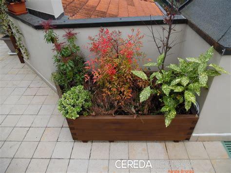 vasi per balconi vasi fioriere e grigliati in legno cereda legnami