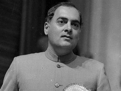 biography rajiv gandhi hindi rajiv gandhi biography in hindi र ज व ग ध ज वन पर चय