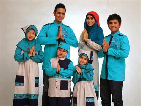 Baju Muslim Keluarga Besar 24 Koleksi Baju Muslim Keluarga Terbaik 2017 2018 Gambar