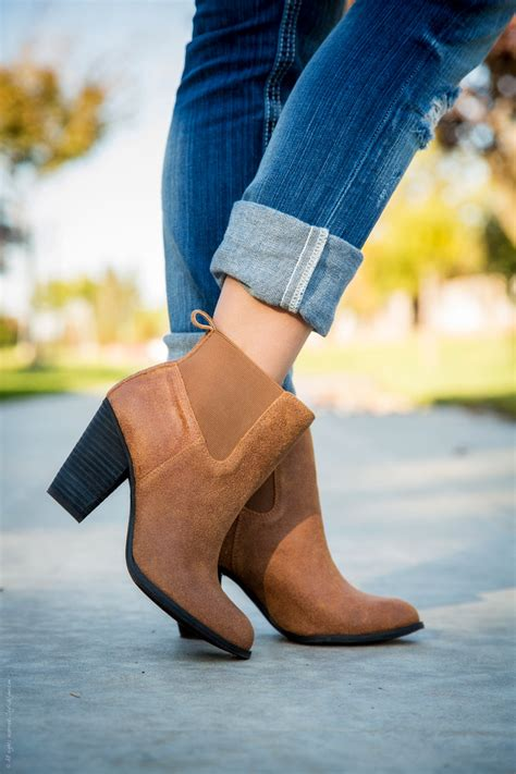 how to wear ankle booties with