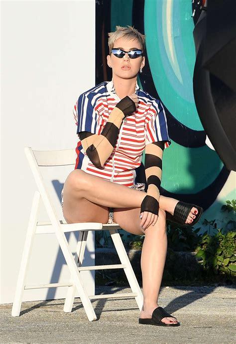 Katy Perry 10 katy perry photoshoot in miami 10 gotceleb