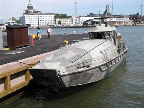 sea pro boats wikipedia barge de d 233 barquement