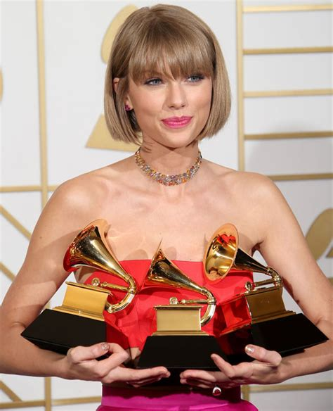 taylor swift tour net worth taylor swift net worth look what you made me do singer