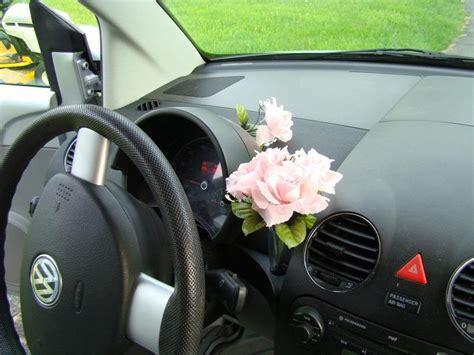 Volkswagen Beetle Flower Vase by Florero De Volkswagen Beetle Autocosmos