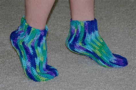 crochet patterns slippers easy easy crochet slipper socks by yayforyarn craftsy