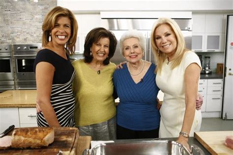what products does hoda kotb use on her hair kathie lee hoda give thanks to great moms this mother s