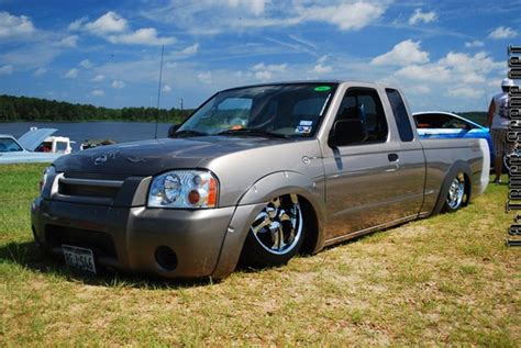 bagged nissan frontier 03lofront 2003 nissan frontier regular cab specs photos